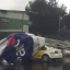 VIDEO: Espectacular cae sobre taxis en zona AICM