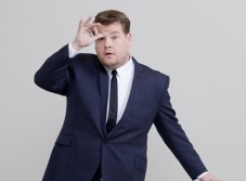 James Corden se disculpa por chistes de Harvey Weinstein