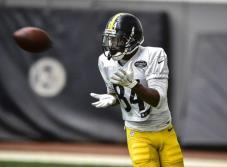 Antonio Brown regresó a los entrenamientos con Pittsburgh