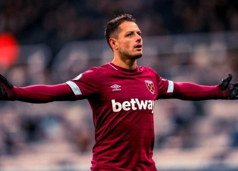 Chicharito sigue encendido, marca golazo con el West Ham