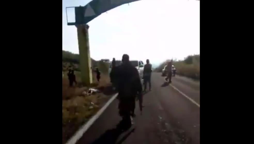 VIDEO: Los Viagras cartel exhibits its armed entry to El Aguaje