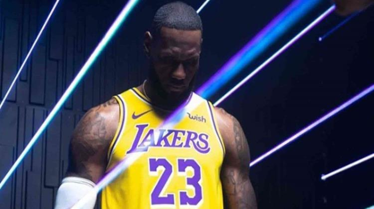 Filtran video de LeBron James reaccionando al enterarse de la muerte de Kobe Bryant